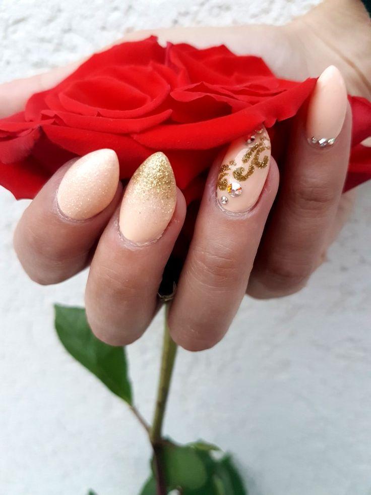 Peach glitter swarovski beatiful nails