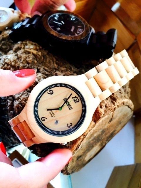 #Bonoboss reloj de madera Hicka, fabricado con arce y maquinaria Japonesa Citizen garantizada por un año, encuéntralo en nuestras tiendas y en nuestro sitio web... alguien dijo día de los enamorados? :o
