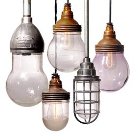 old lighting (I wish that these bulbs were readily available!!!)