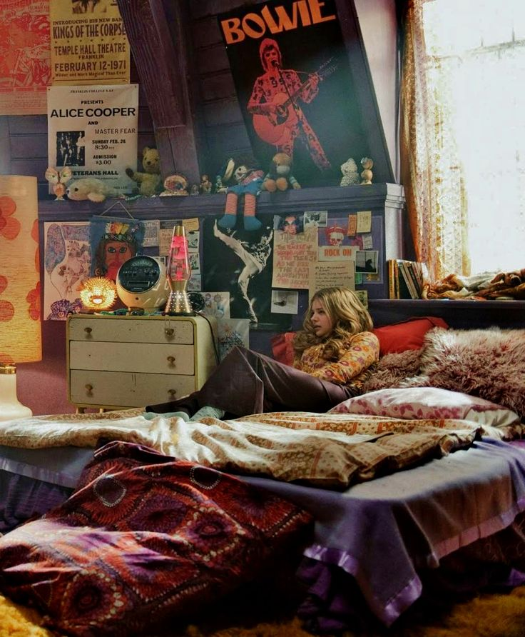 Things I love Hippie bedroom. Chloe Moretz in Dark Shadows I like it but if  it was mine those posters would be Bon Jovi and Guns N Roses