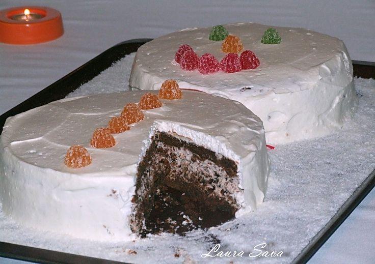 Tort Om de zapada cu bomboane Ferrero Rocher