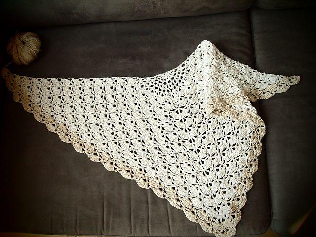 Mejores 270 imágenes de Crochet Triangle Shawls/Stole\'s en Pinterest ...