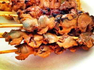Sate Kerang - Berikut ini ada cara membuat video resep sate kerang medan bumbu kacang semarang khas sidoarjo surabya jawa timur yang paling pedas manis serta enak.