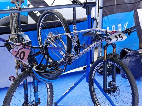 Spotted: Mondraker prototype carbon full-suspension XC mountain bike - Bikerumor