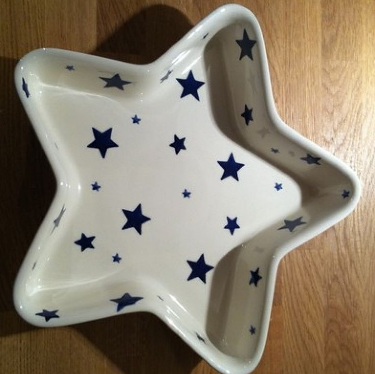 Emma Bridgewater Starry Skies Star Shaped Baker perfect for jelly too !
