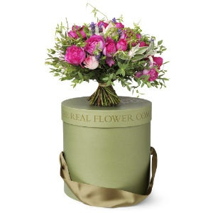 Flowers packaged in a gorgeous hat box - magnificent!