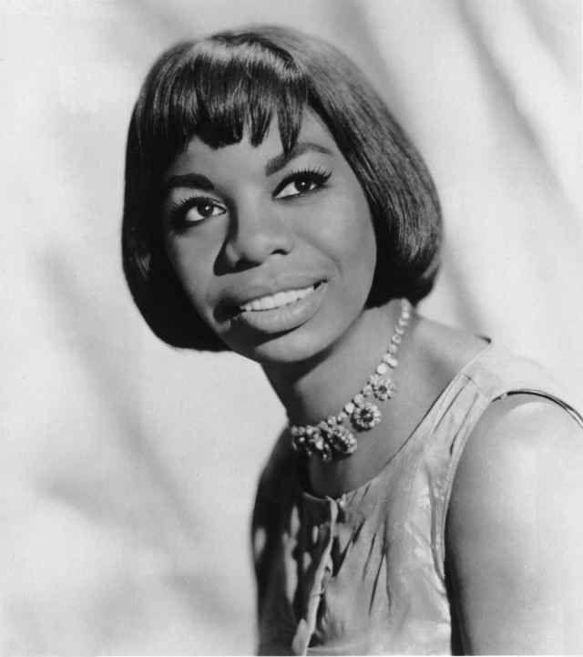 Nina Simone - Author, Pianist, Civil Rights Activist, Musician, Singer - Biography.com