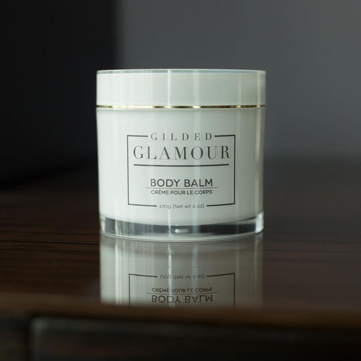 Uncover smooth, radiant skin with our Body Balm. Glycolic, Lactic and Pyruvic Acids combined with nourishing fruit oils for a superior exfoliation and hydrating treatment. .  .  . .  Bye bye 👋🏻 to dull, dry, uneven skin.