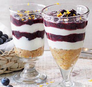 Heidelbeer-Schicht-Dessert
