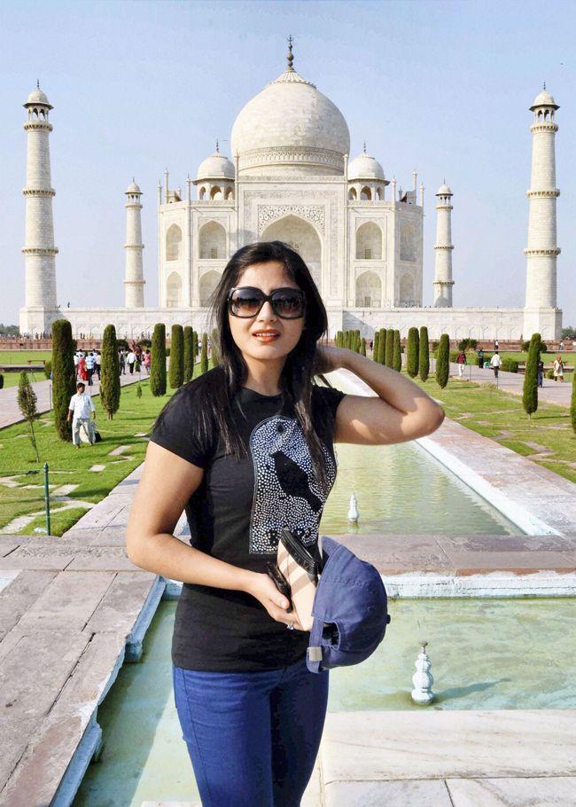 Rimi Sen #Bollywood #Fashion