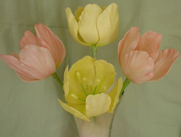 tulip sugar flower
