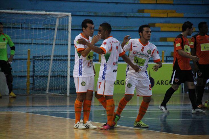 Utrahuilca Huila se estrenó con uniforme y derrota en casa.