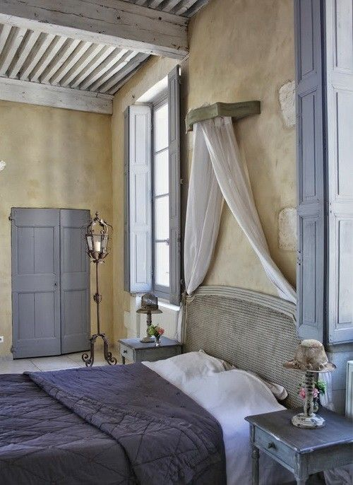 dyingofcute:  a bedroom in Provence
