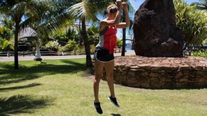 Et si on se remettait au sport ? Connaissez-vous les burpees ? C'est un exercice complet à tout point de vue. Pourquoi ? Parce qu'il travaille à la fois l'endurance et la musculation. Il renforce...