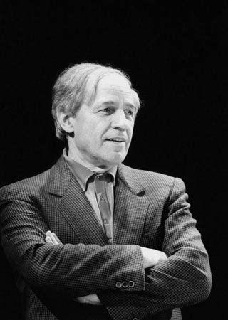 Classique d'aujourd'hui, blog d'actualité de la musique classique et contemporaine: CD : Pour les 90 ans de Pierre Boulez,Sony publie l'intégrale des enregistrements CBS du compositeur chef d'orchestre en un somptueux coffret de 67 CD