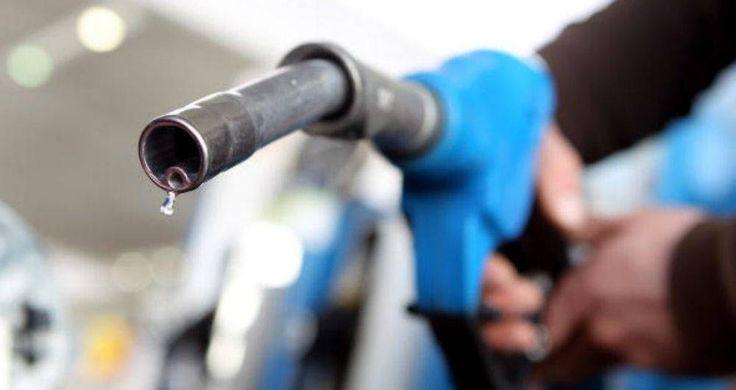 Precios oficiales de los combustibles en Colombia Precios oficiales de los combustibles en Colombia http://www.hoyesnoticiaenlaguajira.com/2018/01/precios-oficiales-de-los-combustibles.html