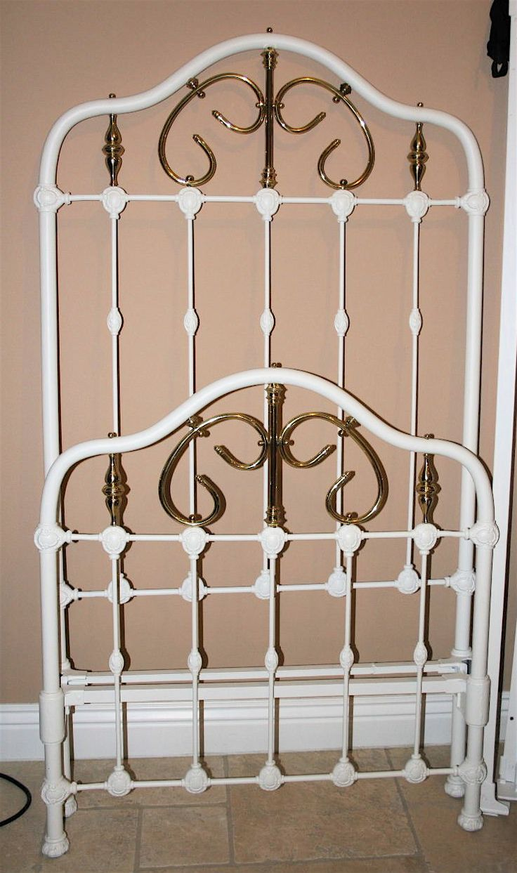 Antique french iron bed - Very Tall Twin W Scrolled Brass Circa 1865 Russian Languageantique Iron Twinbrass