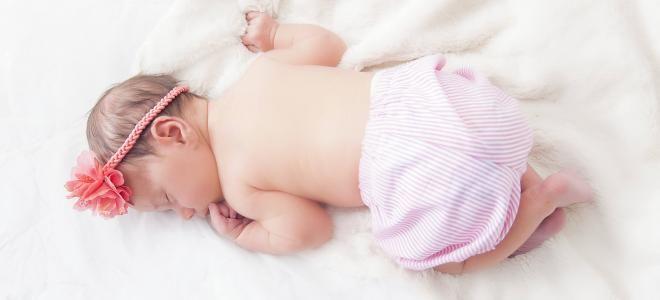 Les 99 meilleures images du tableau le sommeil sur pinterest le sommeil insomnie et la sant - Peut on coucher bebe sur le ventre ...