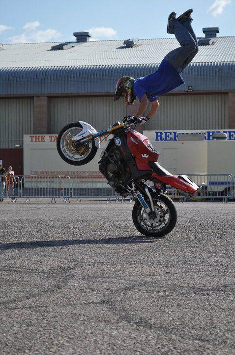 Motorsport entertainers http://streets-united.com/blog/motor-sport-stunt-show/