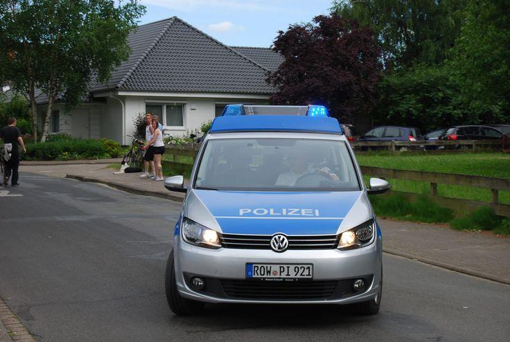 Lauenbrück. Ein angeblicher Microsoftmitarbeiter hat sich am Mittwochmittag bei einem 54-jährigen Lauenbrücker gemeldet. Vorgeschobener Grund des Anrufs waren Computerprobleme auf dem Rechner des angerufenen Mannes .   ##wirimnorden #Betrug #bremervörde #Diebstahl #Grab #heideundelbe #Lauenbrück #PC Probleme #polizei