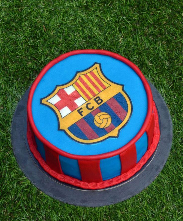 Barcelona torta - tortaostya használata fondantra Barcelona cake with edible wafer paper