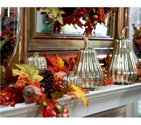 Gorgeous fall mantle decor
