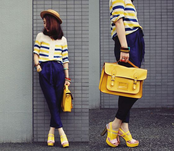 blue/yellow stripes, royal haremPreppy Picnics, Lookbook Luv, Fashion Trends, Fashion Lov, Picnics Girls, Colors Matching, Navy Blue, Bags, Mustard Yellow