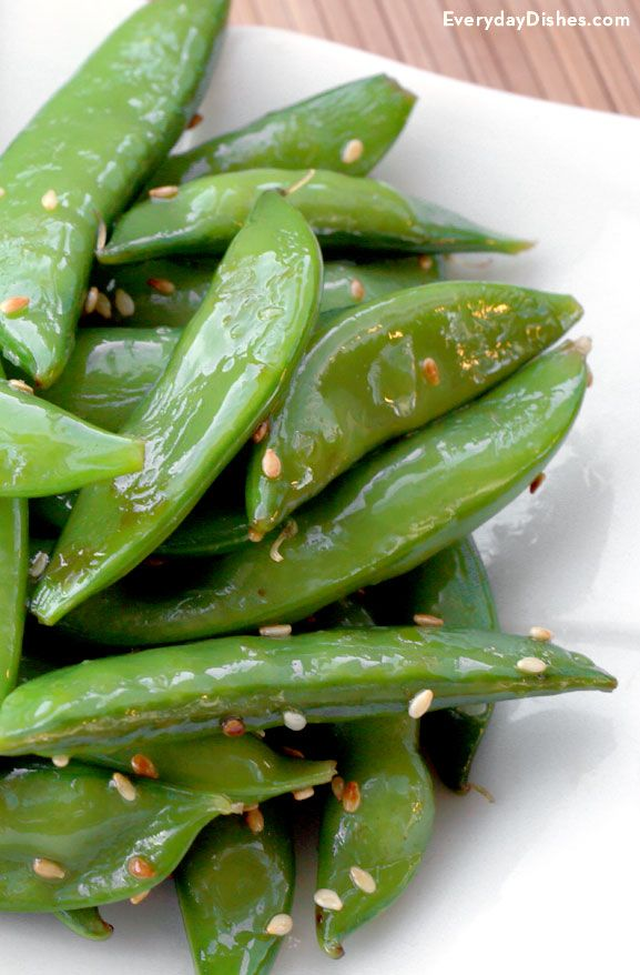 If you're looking for a quick and easy recipe to trim a few calories from your diet, look no further than our sesame sugar snap peas recipe! Sesame oil provides the intense flavor you love, so you don't have to go crazy with ingredients or effort.