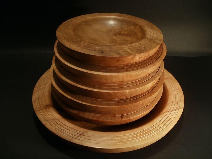 Pear Tree bowl set by Ervin Horn