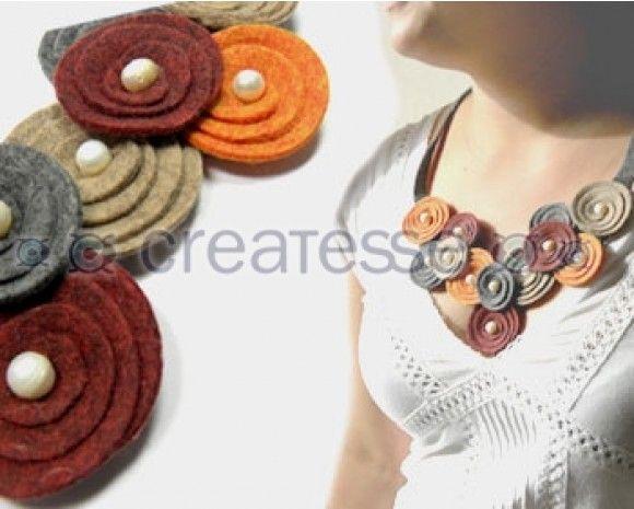 Colar curto de espirais de feltro com pérolas - Collar fieltro con perlas- loja createss.es