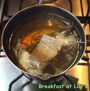 [Fai da te] Impacco schiarente e rinforzante per capelli alla camomilla e al rosmarino ~ Breakfast at Lily's