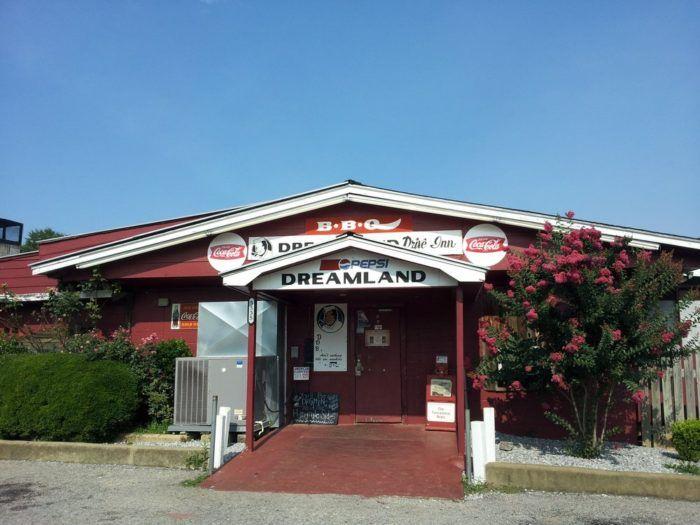 52 best eeuu images on pinterest alabama crimson tide for Food bar tuscaloosa