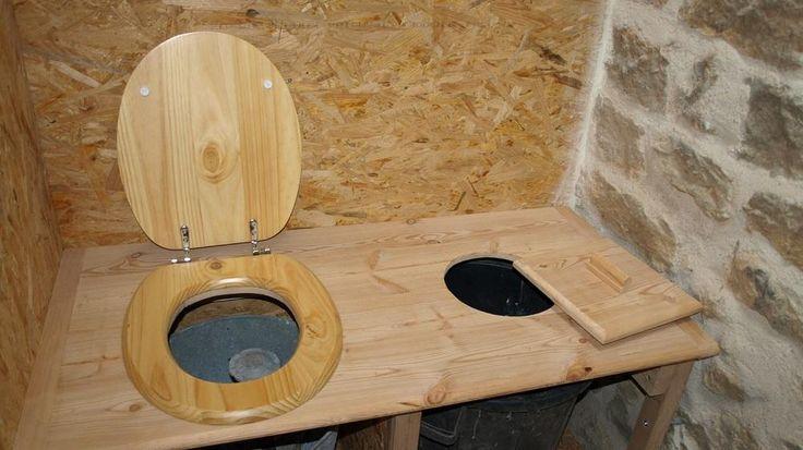 les 12 meilleures images du tableau toilette et douche ext rieur sur pinterest douches. Black Bedroom Furniture Sets. Home Design Ideas