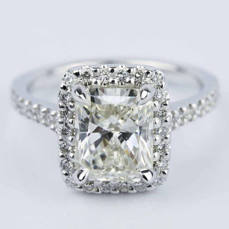 A ravishing Radiant Shape Diamond Halo Engagement Ring!