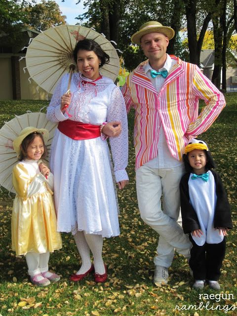 Mary Poppins Costumes Halloween costumes for the whole family Mary, Bert, Jane and even a penguin #costumes #marypoppins #halloween - Rae Gun Ramblings