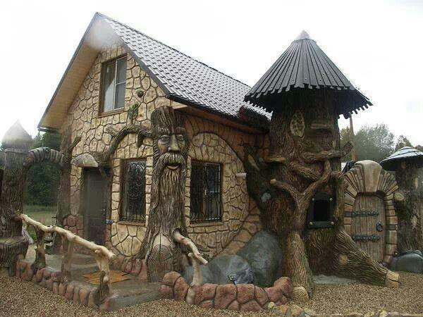 20 best Weird & Odd Homes images on Pinterest | Tree houses ...