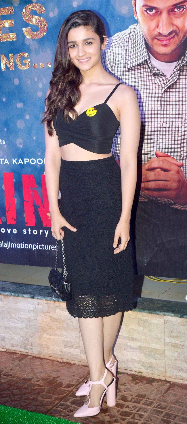 Alia Bhatt made a cool fashion statement as she arrived in a black tube skirt that she paired with a black bralet at the success bash of 'Ek Villain'