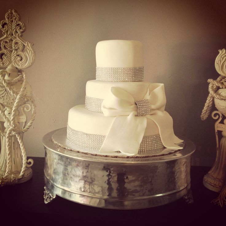 diamond wedding cakes silver diamonds cake golosinacakes golosina cakes 13514