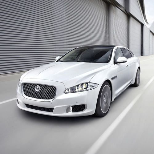 Jaguar XJ Ultimate ... Kinda starting to fall in love with these Jags.
