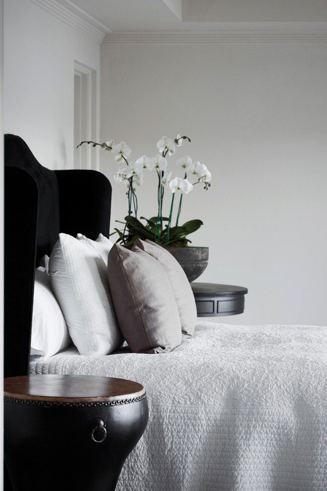 black and white in SYDNEY-Designer Pamela Makin of Les Interieurs