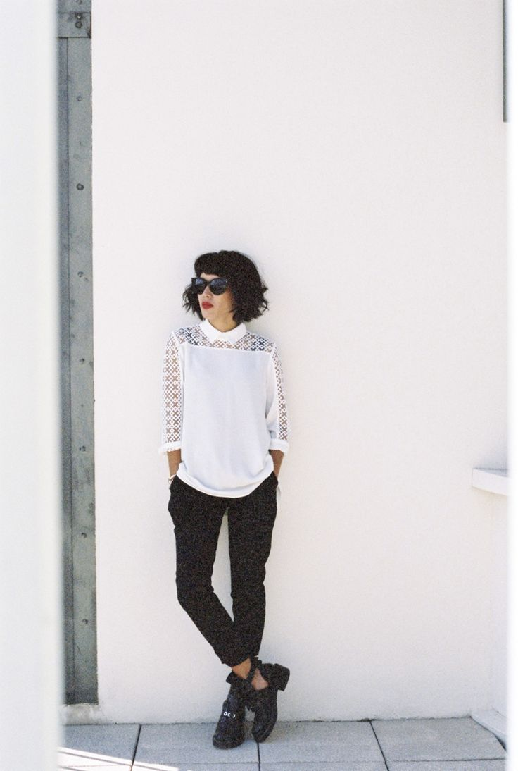 Anne Fontaine's Slava blouse and Matys trousers www.annefontaine.com #annefontaine #fashion