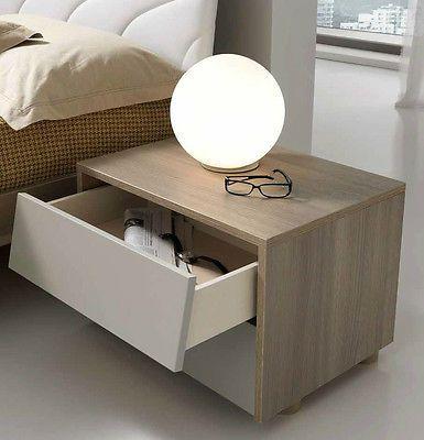 17 migliori idee su comodini camera da letto su pinterest for Lampade per comodini camera da letto