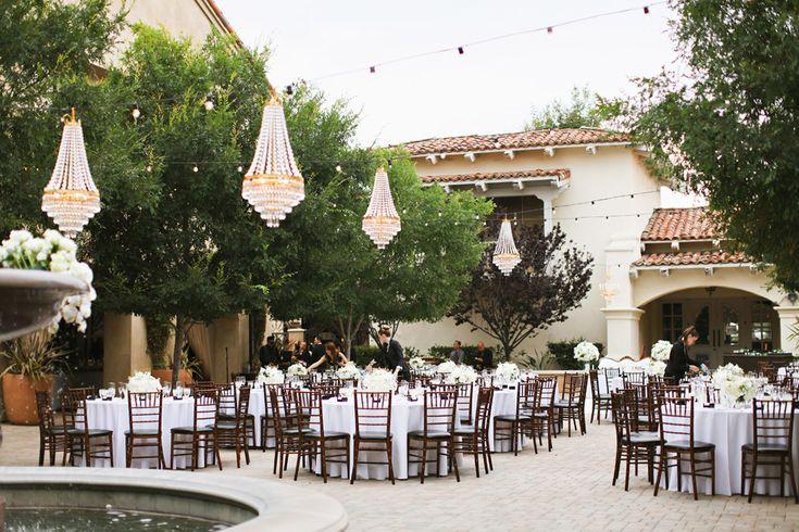 courtyard wedding with chandliers - serra plaza wedding