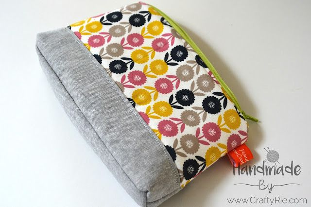 A pouch for a teachers gift. http://www.craftyrie.com/2017/12/the-perfect-teachers-gift.html