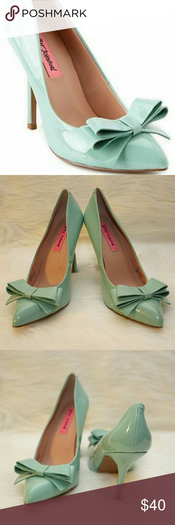 """Betsey Johnson Reload Mint Patent Leather Size 8 Gorgeous mint pumps with bow details perfect for spring and summer. Worn only once in excellent condition. 4""""heel.  PS.  Riley Perrin (Chelsea Kane) wears these mint bow heels in the episode of Baby Daddy. Betsey Johnson Shoes Heels"""