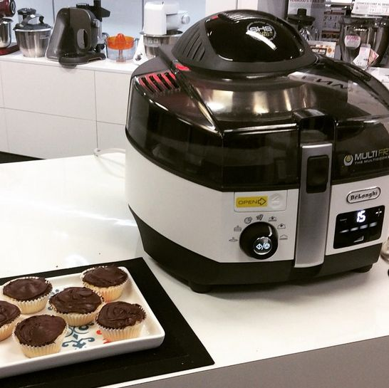 Cupcakes in the De'Longhi Multifry? Absolutely. delonghi.com.au