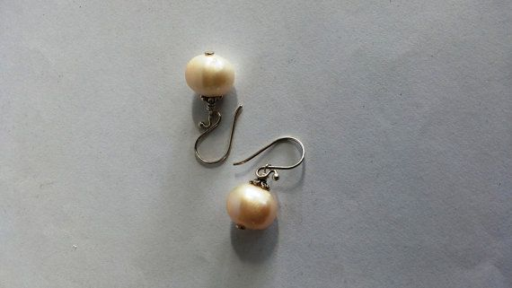 PEARL with Sterling silver 925 EARRING  Gorgeous by MoyokSilver $22.75 USD