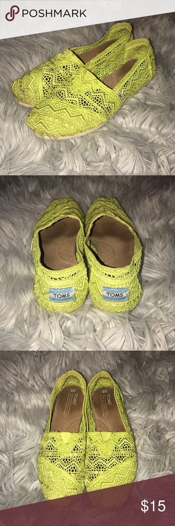 Lime green toms Green Toms! Super comfy and airy! Perfect for summer time. Toms Shoes Flats & Loafers