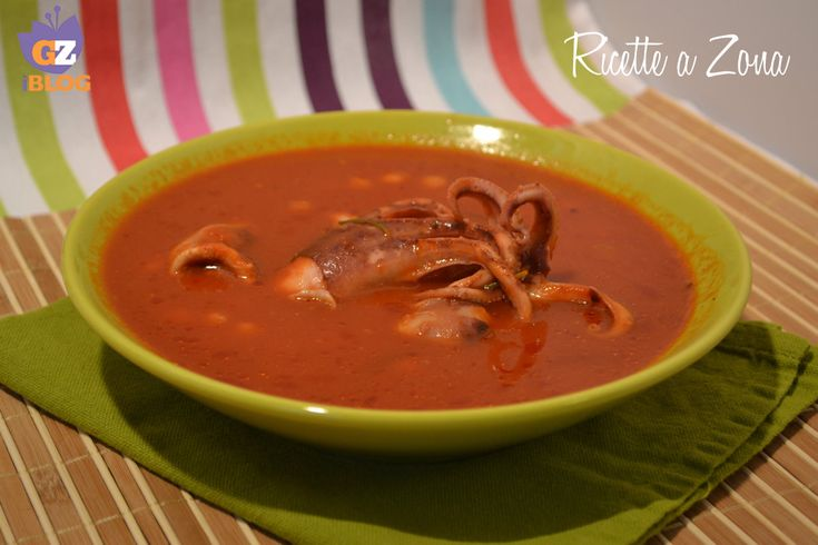 Oggi vi propongo una ricetta da 3 blocchi, molto gustosa che mi ha risolto una cena proprio ieri sera: la zuppa di ceci e moscardini. Ideale per dieta zona.