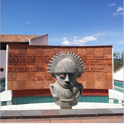 RT @davidlmedina Monumento a la Cacica #Guatavita #Cundinamarca #Colombia #Suramerica #viajaxcolombia #enmicolombia #turisTic #igerscolombia #Galeriaco
